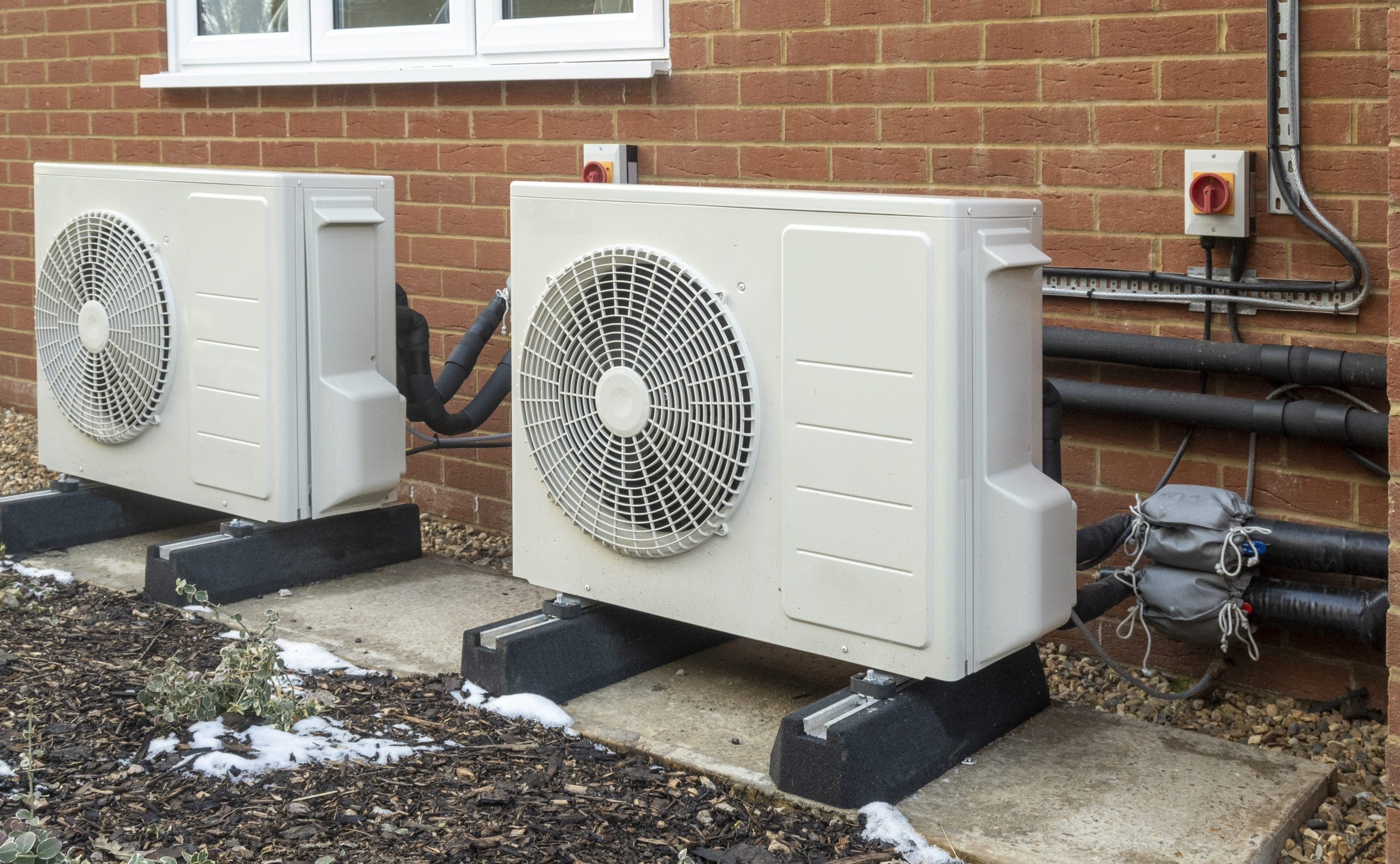 """Featured image for """"What Are Heat Pumps?"""""""